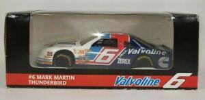 Mark Martin #6 Valvoline 1994 Thunderbird 1:24 Revell Vintage Die-Cast NASCAR