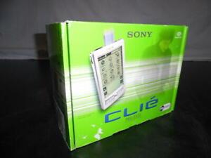 Sony Clie PDA (PEG-S320) Palm Pilot Personal Digital Assistant with Original Box