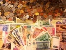 1/2 Pound World Foreign Coins and 25 Different World Banknotes