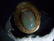 Magnifique opal ring 585er Gold granulés a la patrons