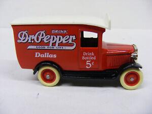 Lledo Days Gone DG21 Chevrolet Van Dr Pepper Dallas