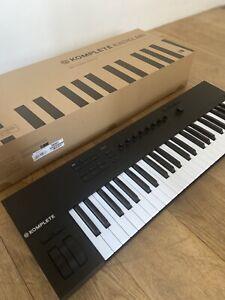 Native Instruments Komplete Kontrol A49 Keyboard Controller 49 keys mint in box