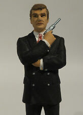 JAMES BOND : JAMES BOND CORGI ICON DIE CAST FIGURINE - ROGER MOORE VERSION