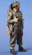 Verlinden 120mm (1/16) British Infantryman with Rifle WWII [Resin Figure] 611