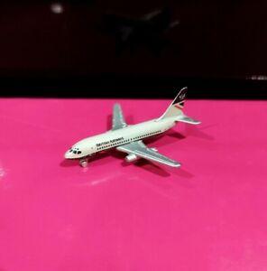 Schabak 905-14 British Airways Landor Boeing 737-200 model plane avion *No Box