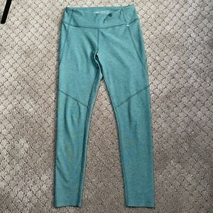 Outdoor Voices Cropped Leggings size Medium Green