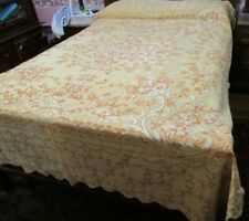 """Vintage Gold Brocade Tapestry Embroidered Italy Full Bedspread 96""""x78"""" Scalloped"""