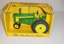 1/16 Diecast John Deere 720 Narrow Front Tractor  W/Box! 1994 Toy Tractor Times!