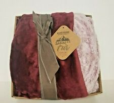 Berkshire Luxe Collection Faux Fur Blanket Rich Burgundy w Gift Box 50 x 70
