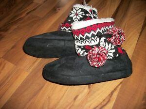 Black & Red Sweater Bootie w/ Faux Suede & Fur Slipper Women's Size S(5-6) NWT