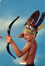 BR71812 child enfant with bow Indian types folklore costumes