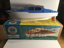 Tri-ang Scalex Boats Battery Operated Derwent Cabin Cruiser 414s Boxed