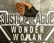 Hot Toys Wonder Woman Right Hand MMS450 MMS451 Justice League Brand New 1/6 1