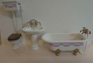 Bodo Hennig beautiful 12th scale 3 piece metal bathroom set. Slight damage.