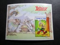 FRANCE, 1999, VARIETE DOUBLE FRAPPE BF 22 ASTERIX, neuf**, MNH STAMP