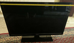 """Toshiba Regza 42"""" Model 42SL738B LCD HD Tv With Remote (collection Only)"""