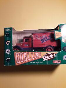 NIB 1993 ERTL NFL FOOTBALL BUFFALO BILLS DELIVERY BOX TRUCK 1/25 DIE CAST BANK