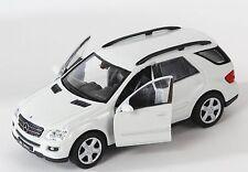 BLITZ VERSAND Mercedes ML 350 cream Welly Modell Auto 1:34 NEU & OVP 1