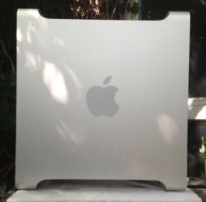 2006 Apple Mac Pro Case with Internal Parts. Spares or Repairs or Hackintosh