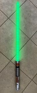Hasbro 2010 Star Wars Ultimate FX Lightsaber Luke Skywalker Green C-2945A
