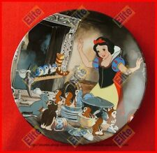"""Snow White and the Seven Dwarfs """"Time to Tidy Up"""" Collectors Plate - MIB"""