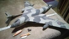 HANDLEY PAGE VICTOR INCOMPLETE 1/72 SCALE SPARES OR REPAIR Y