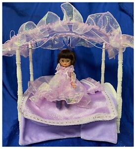 """TONNER 8"""" ANNE ESTELLE DOLL, BED AND PURPLE BEDDING RARE CONVENTION SET BETSY"""