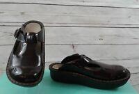 INGARO Womens Sz 7.5M Patent Leather animal print Clogs Mules Shoes Stock HAPPY
