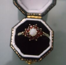 Women's 9ct Gold Opal & Garnet Ring Weight 1.7g Size O Stamped Quality Ring