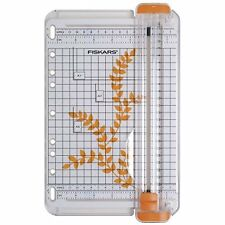 Fiskars 22 cm A5 Portable Paper Trimmer