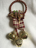 XMAS Christmas Gold Jingle Bell & Check Bow Door Hanger Wall Window Decorations