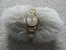 Desta 17 Jewels Vintage Wind Up Ladies Watch with a Stretch Band