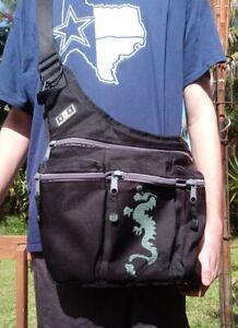 Diaper Dude Black Nylon Daddy Diaper Bag Messenger Bag Dragon detail EUC. No pad