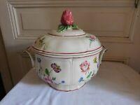 Choisy Le Roy pour Au vase étrusque grand légumier décor Veuve Perrin