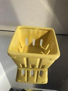 Square Yellow ceramic basket
