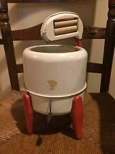 VINTAGE 1950's WOLVERINE Washing Machine Toy