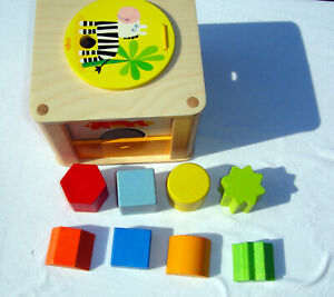 HABA ZOOKEEPER WOODEN SHAPE SORTING BOX with TWIST 8 WHOLE & HALF SHAPES