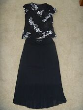 Stylish womens Charlie Brown size 8 black & white skirt & top outfit set ex cond