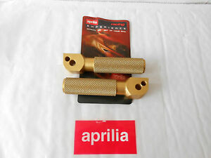 BRAND NEW GENUINE APRILIA RSV 1000 98-03 PAIR OF REAR GOLD FOOTRESTS AP8140501