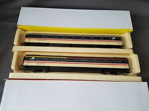2 HORNBY R4314/R4296  INTERCITY MK3 GUARD & BUFFET COACHES 44057,10209 MINT BXD