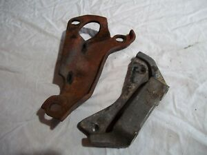 CADILLAC AIR CONDTIONING A/C MOUNTING BRACKET MOUNT BRACE PAIR FRONT REAR