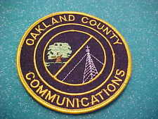 OAKLAND COUNTY MICHIGAN COMMUNICATIONS POLICE PATCH SHOULDER SIZE UNUSED 4 X 4