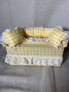 Amish HandMade SOFA COUCH TISSUE BOX COVER  Yellow Plaid Design Tissue Included