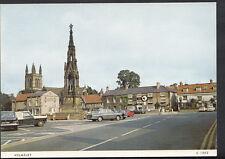 Yorkshire Postcard - Helmsley Street View  F941