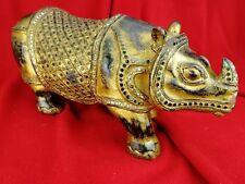Grand Rhinocéros en Bois Laqué et Doré Ancien, Asie, Sculpture ...