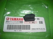 - Yamaha XT600 XT 43F 2KF 1VJ 3AJ XTZ660 Tenere XTZ Seitendeckel Formgummi
