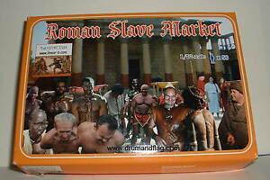LINEAR-B Set No 76 ROMAN SLAVE MARKET. 1/72 scale plastic.