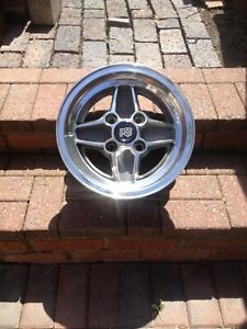 Genuine Set of 4 Ford Escort RS 2000 mkl2 polished Alloy with centre caps