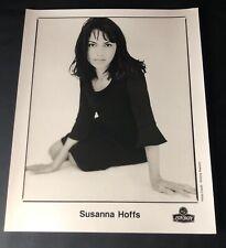 SUSANNA HOFFS—1996 PUBLICITY PHOTO