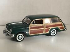 New ListingFranklin Mint Classic Cars of the Fifties 1950 Ford Station Wagon 1:43 w/box